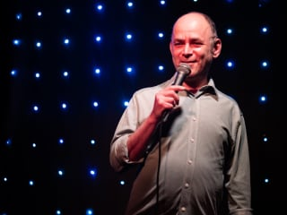 headshot of comedian Todd Barry