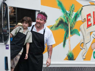 scene from the film Chef starring Jon Favreau with food truck