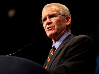 Junior Reserve Officer's Training Corps Foundation Dinner with Oliver North