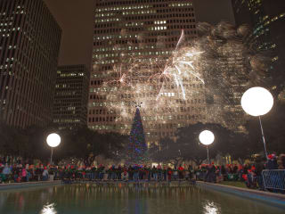 95th Mayor's Holiday Celebration and Tree Lighting presented by Reliant