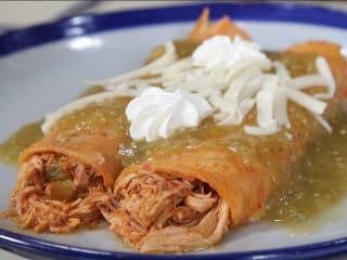 Sylvia's Enchilada Kitchen Cooking Class: Border Style Enchiladas
