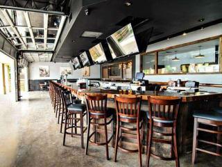 504 Bar & Grill on Greenville Avenue in Dallas