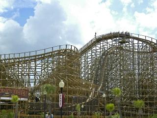 Kemah Boardwalk presents National Rollercoaster Day