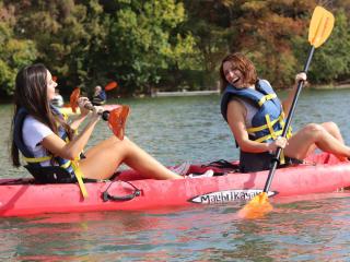 Congress Avenue Kayaks presents Galentine's Day