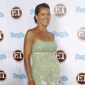 Vanessa Williams in Kevan Hall gown at 2007 Emmys