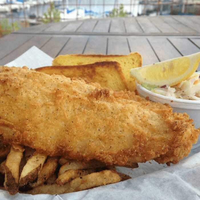 Sundancer Grill Austin restaurant Lake Travis fried fish