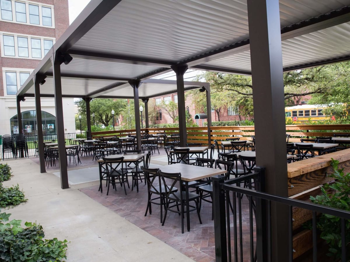 The 9 Best New Outdoor Restaurant Patios To Enjoy Fall S