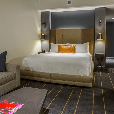 The George hotel College Station room