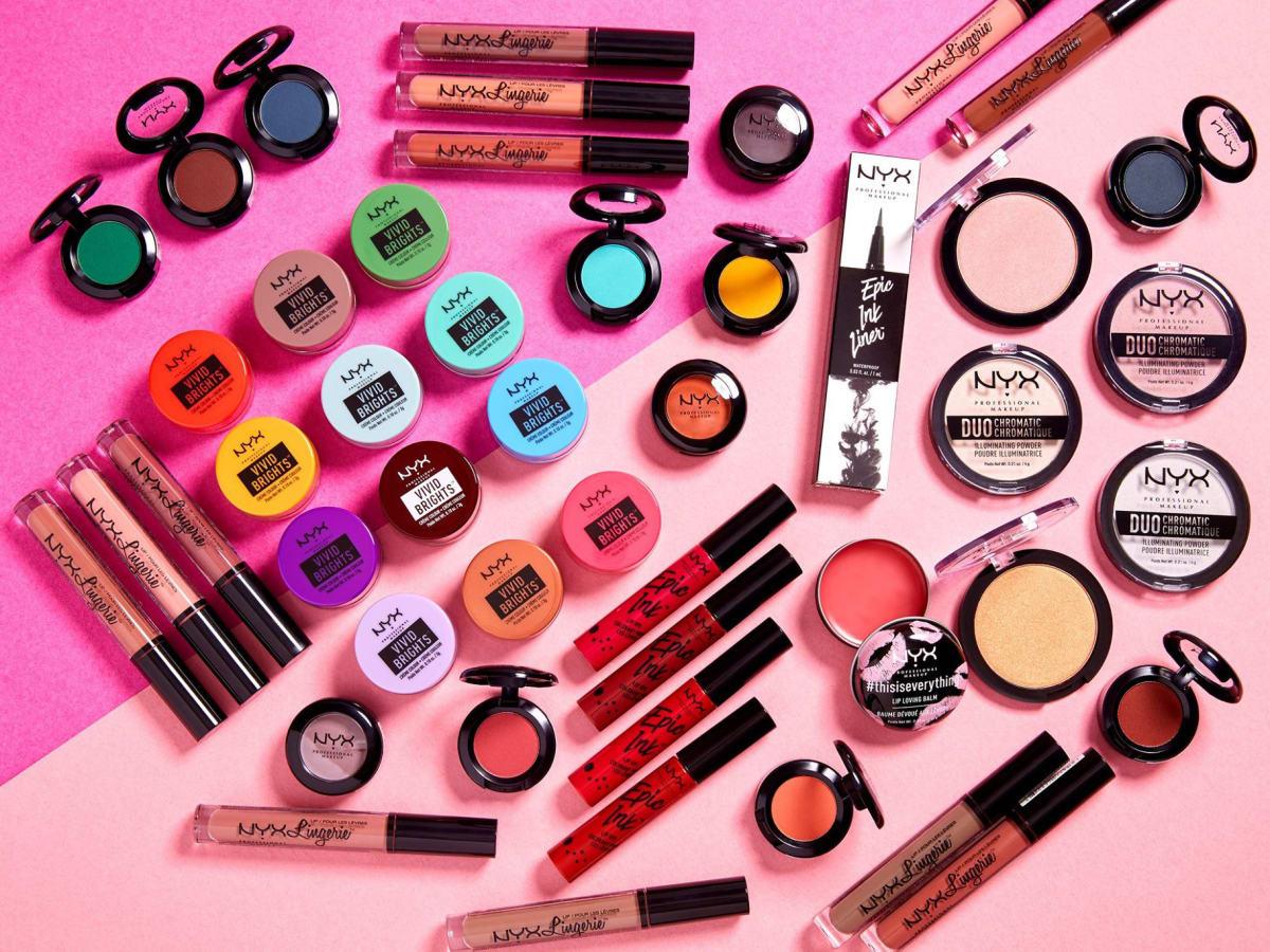 NYX Professional Makeup paletka očných tieňov - Modern