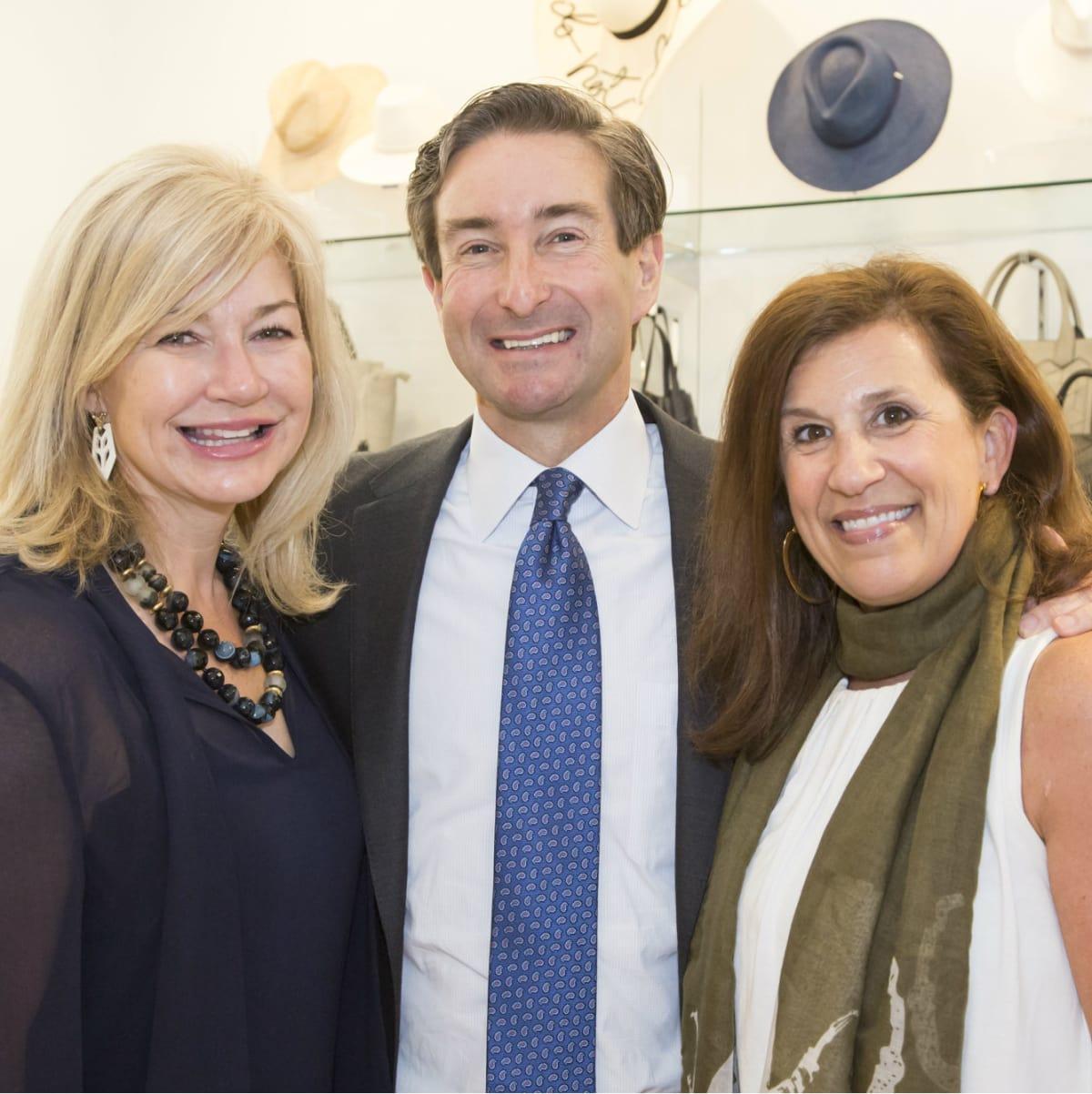Ashlee & Chris Kleinert, Darlene Ellison