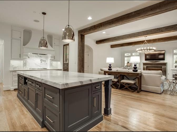 Slideshow top north texas builders lay out all the trendy for Q kitchen bar san antonio