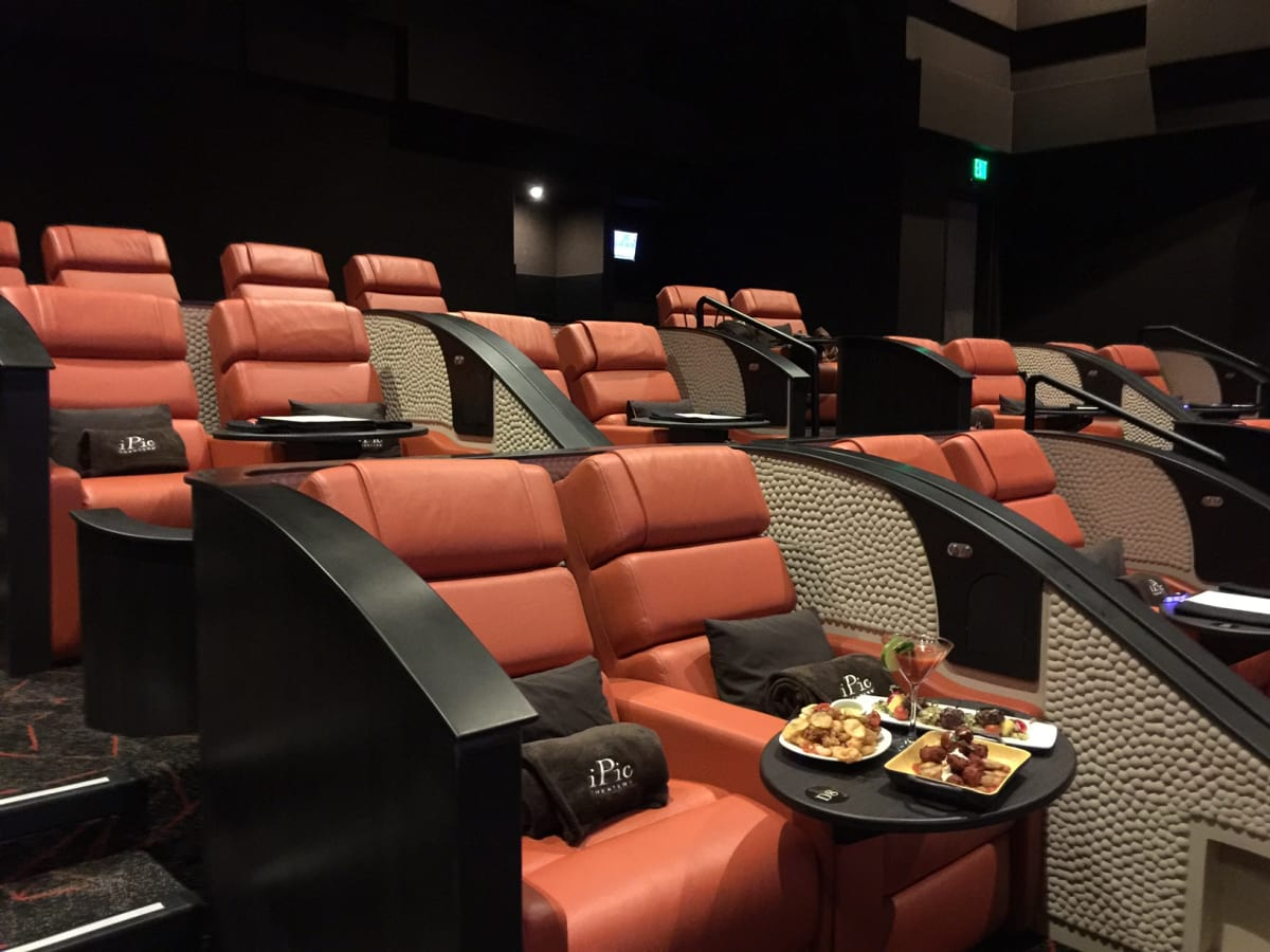 The Best Movie Theaters In Houston Amenities Now Abound
