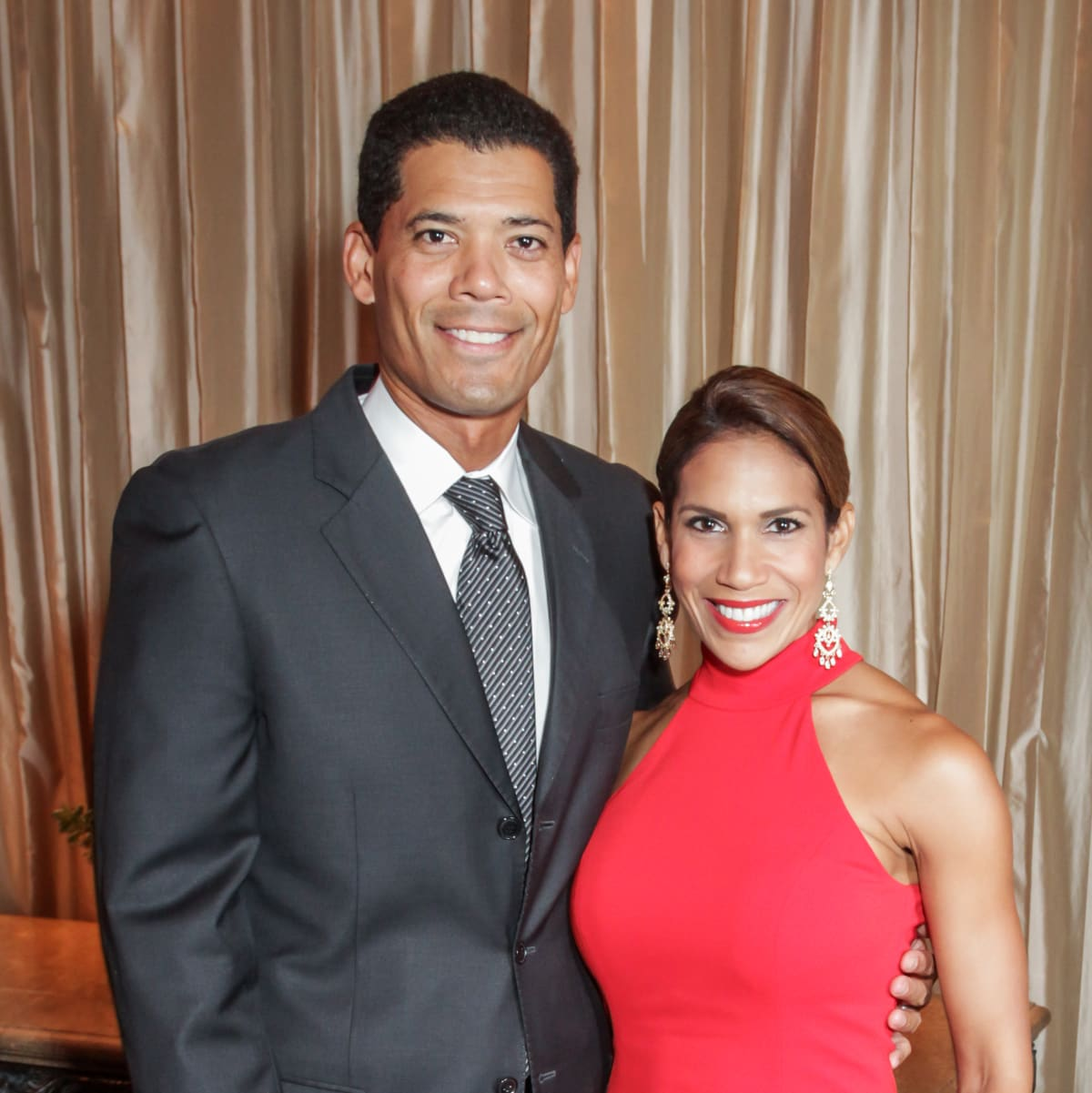 Hearts of Gold Gala Dr. Wayne Franklin and Mistress of Ceremonies Rachel McNeill