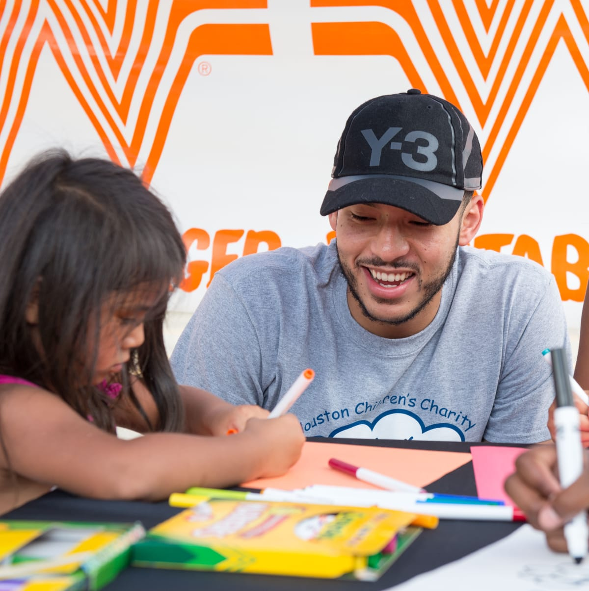 Houston, Carlos Correa, Mattress Firm, Houston Children's Charity mattress giveaway, August 2017, Carlos Correa and kids