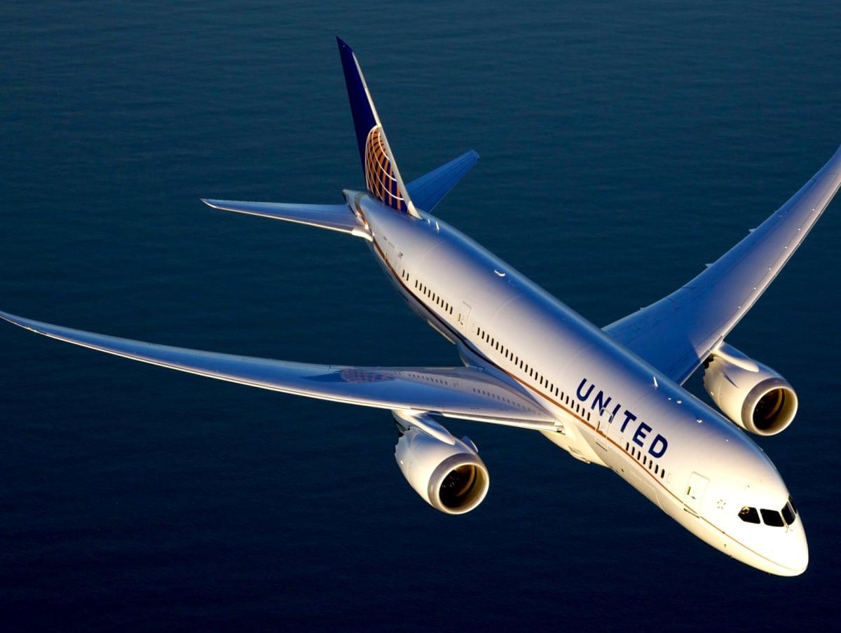 United Airlines Boeing 787 Dreamliner, September 2017