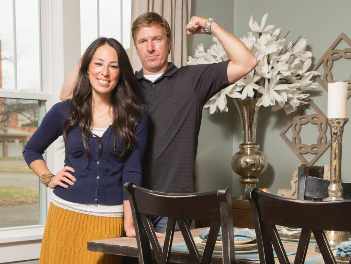hgtv honors houston interior designer for home with great curb