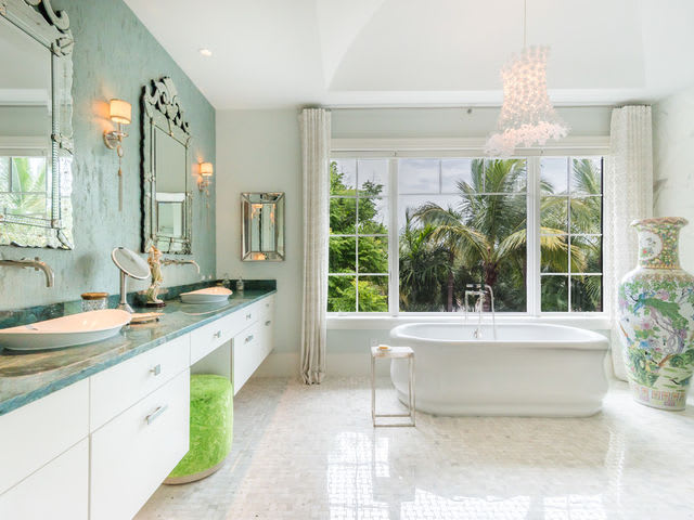 Here Are The Most Popular Bathroom Splurges For Homeowners