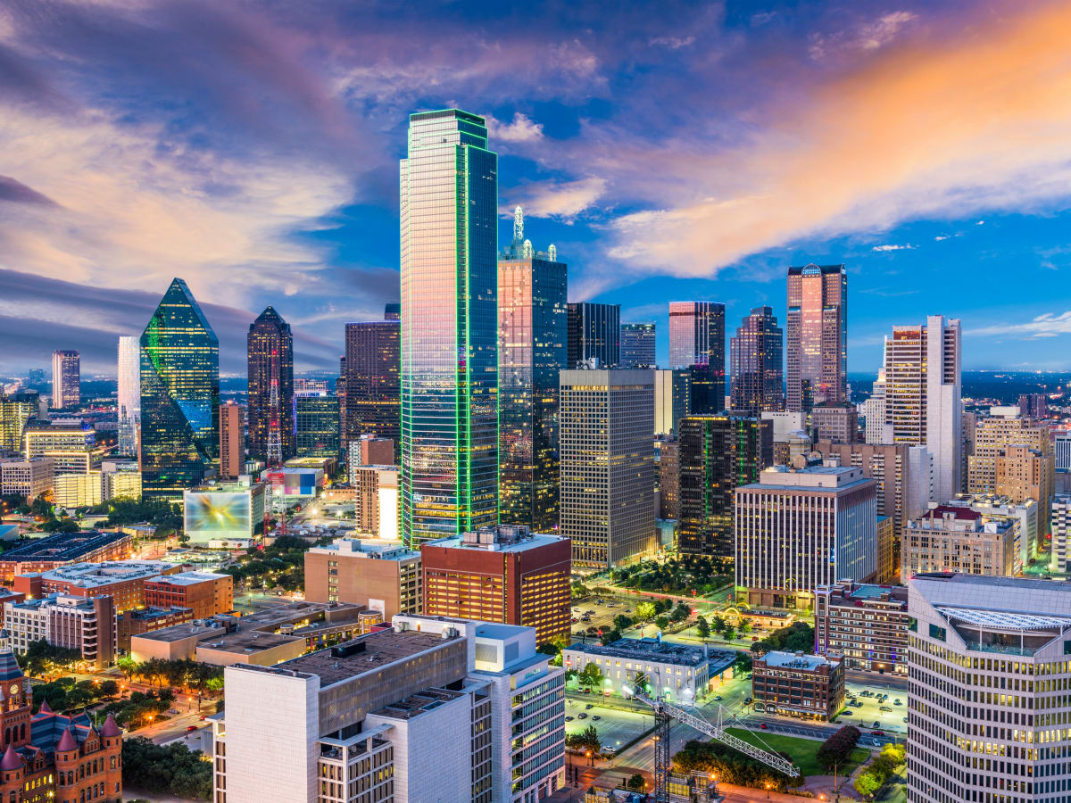 Dallas Expected To Be One Of Country S Economic: fashion design schools in dallas texas