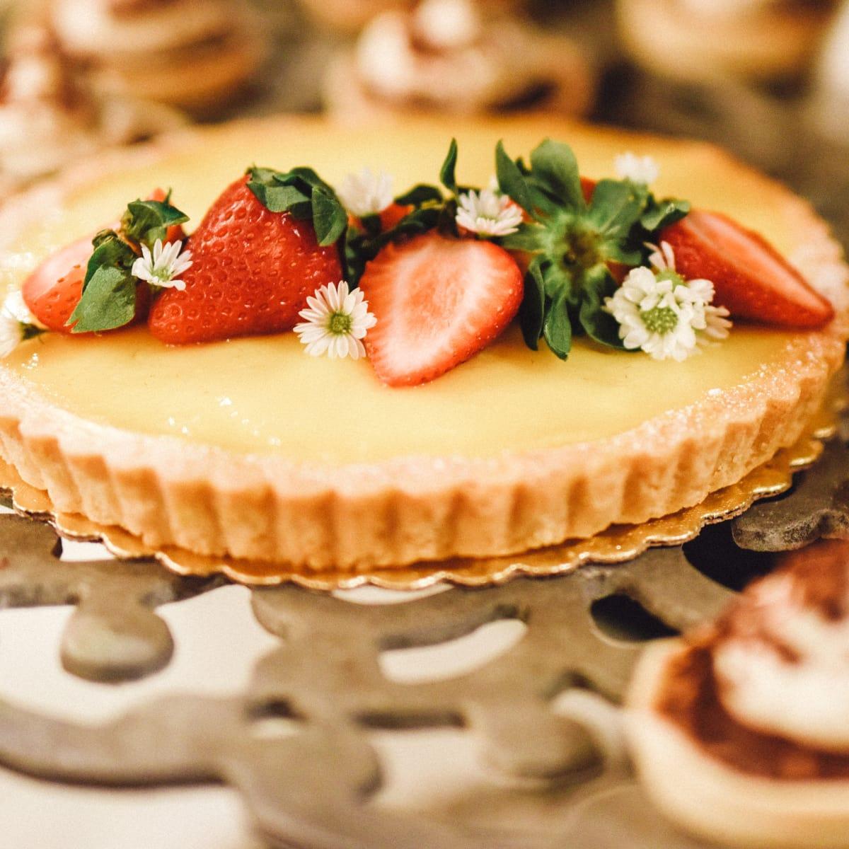 Neville Wedding, Dessert