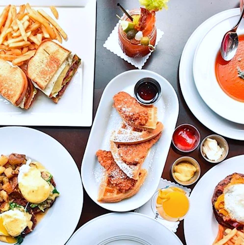 Houston, Radio Milano brunch buffet, December 2017