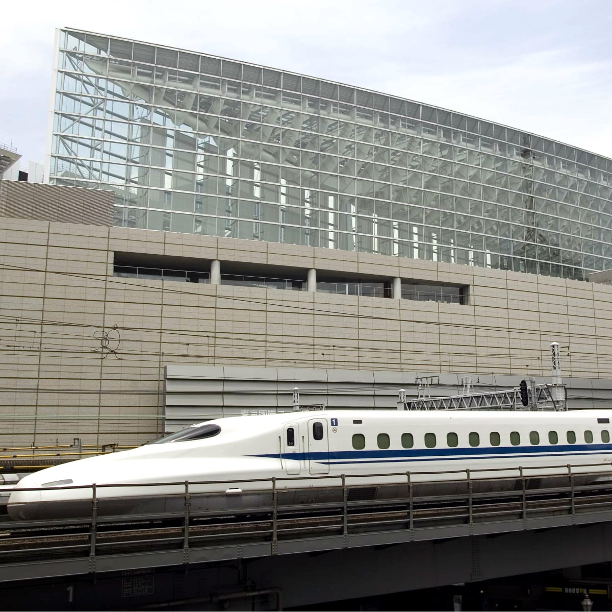 High speed train rendering