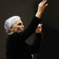 """Houston Chamber Choir presents 'Todos Unidos – Todos Cantamos: Music of The Americas"""" with guest conductor María Guinand"""