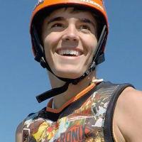 Damon Rippy_flyboarding_Team Aquafly_headshot_America's Got Talent_June 2015