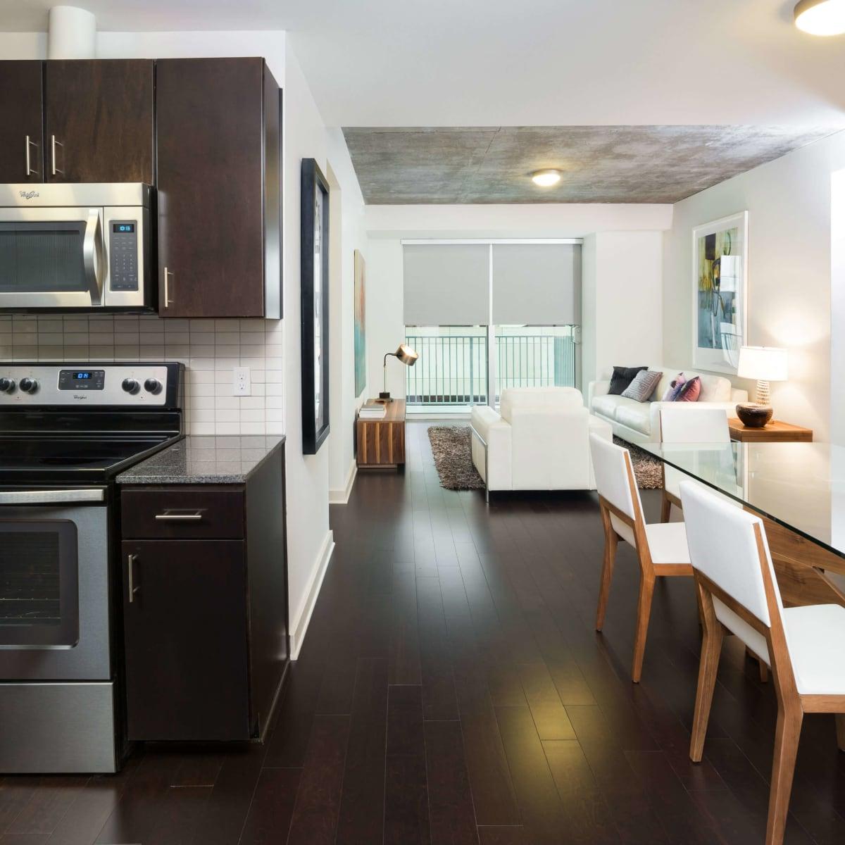 Skyhouse Dallas kitchen