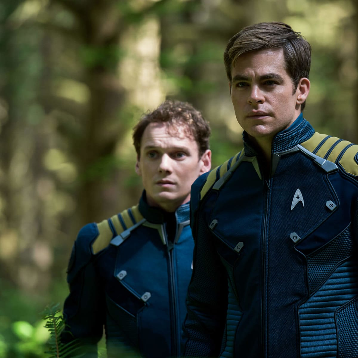 Anton Yelchin and Chris Pine in Star Trek Beyond