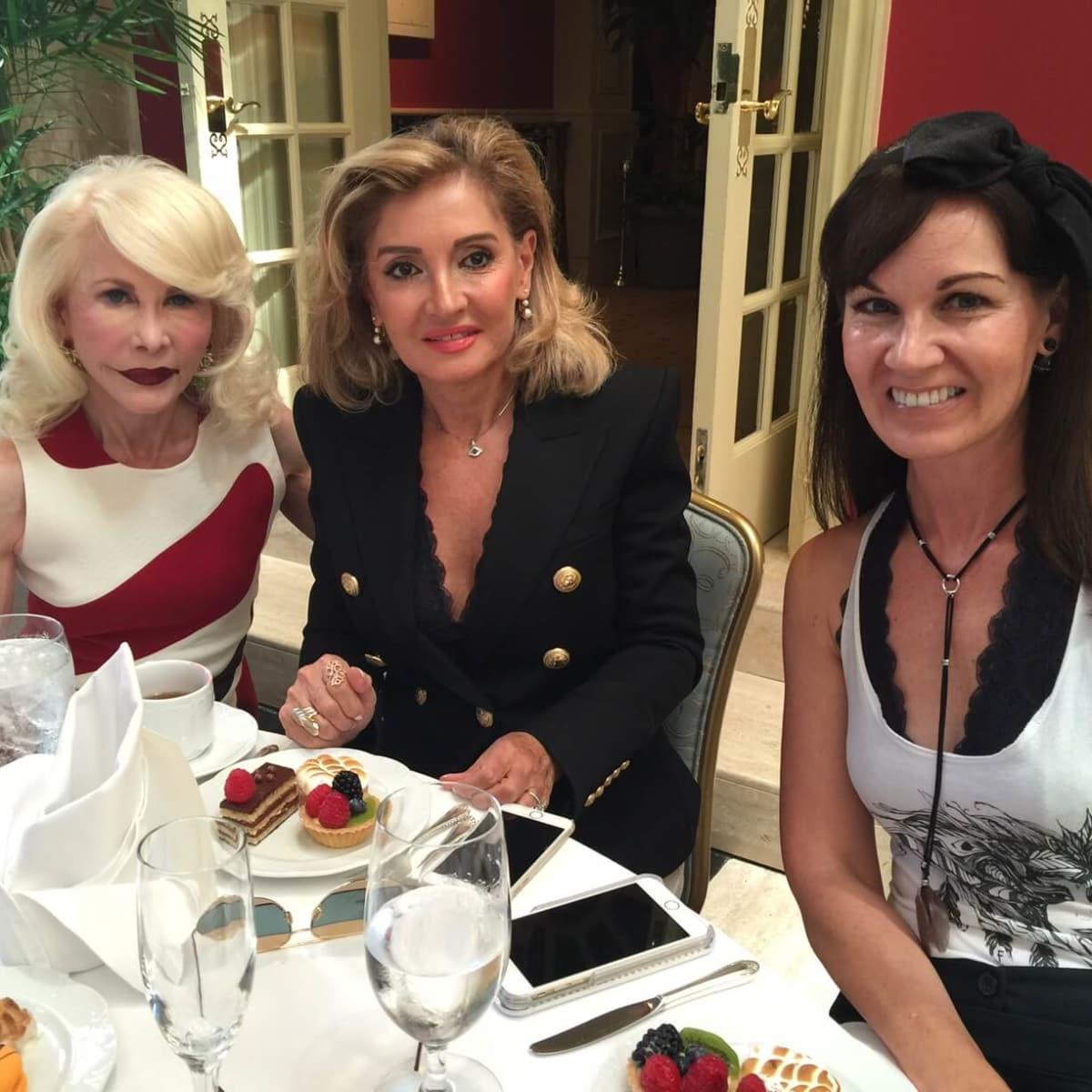 Fe Zande Fashion Show, Sept. 2016, Diane Lokey Farb, Johanna Mounier, Beth Muecke