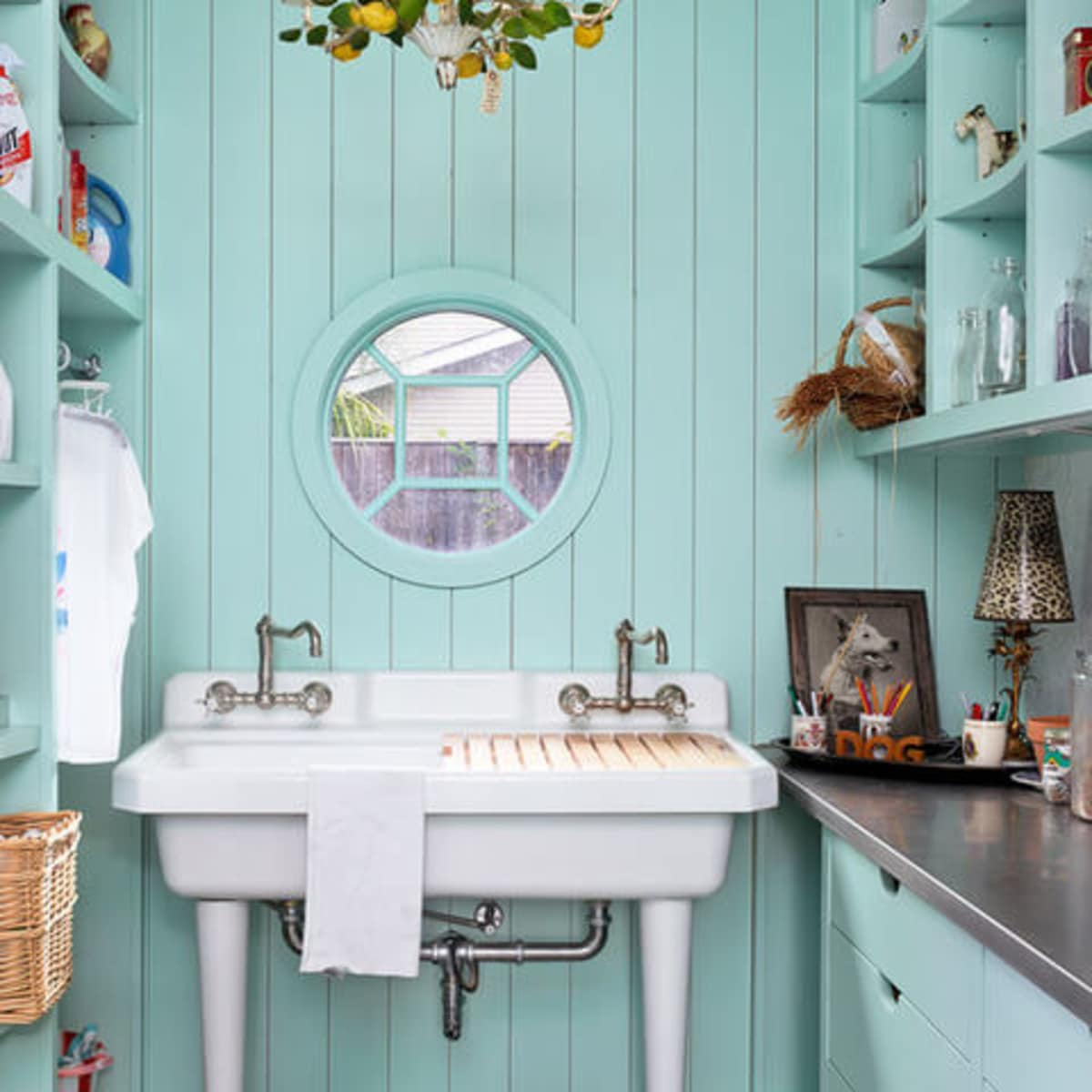 Houzz Houston house home Federalist-Style wash room