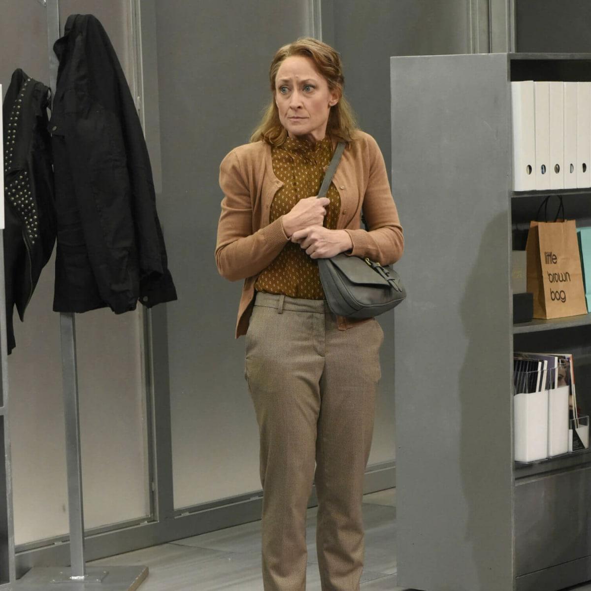 Leah Spillman in Dallas Theater Center's Gloria