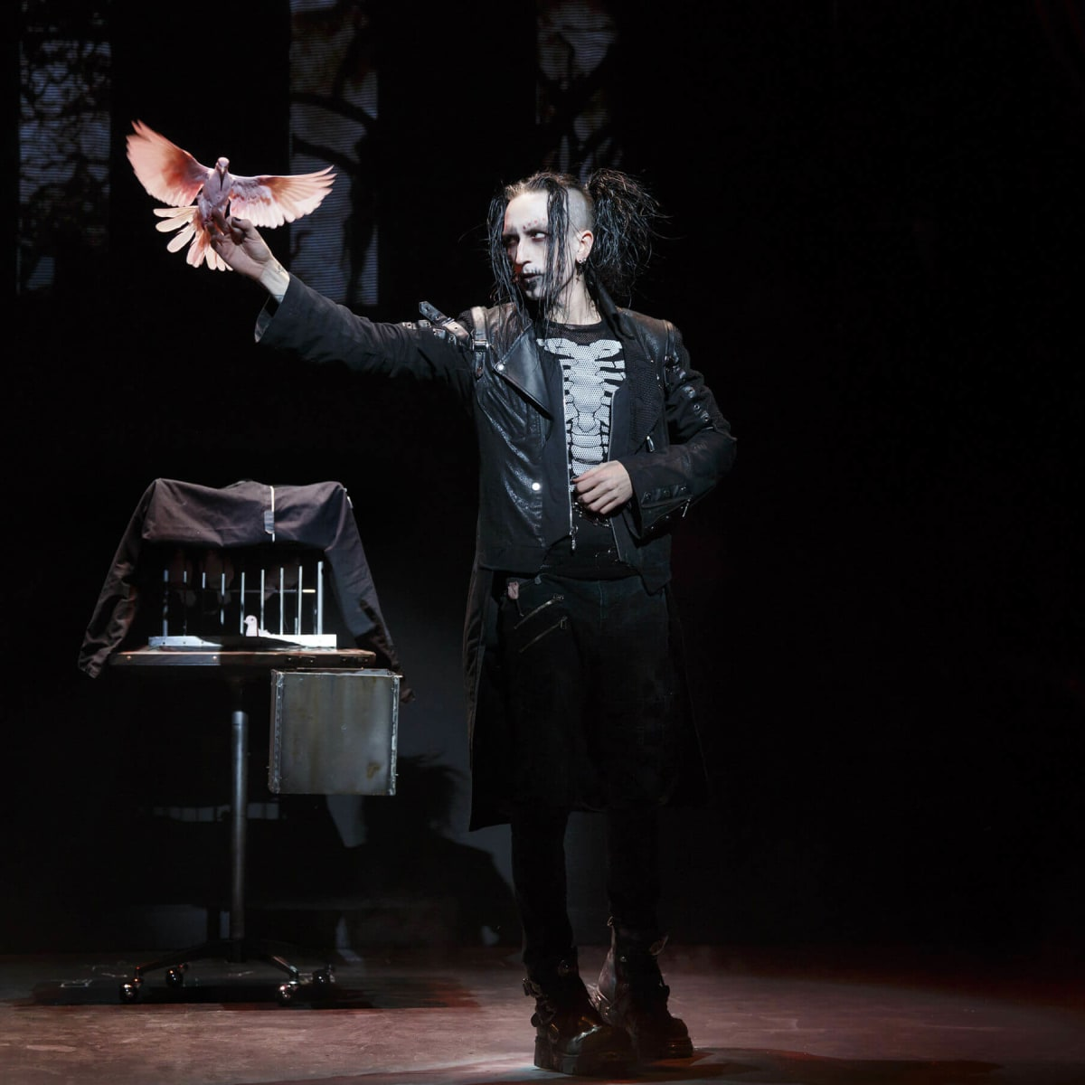 Dan Sperry in The Illusionists