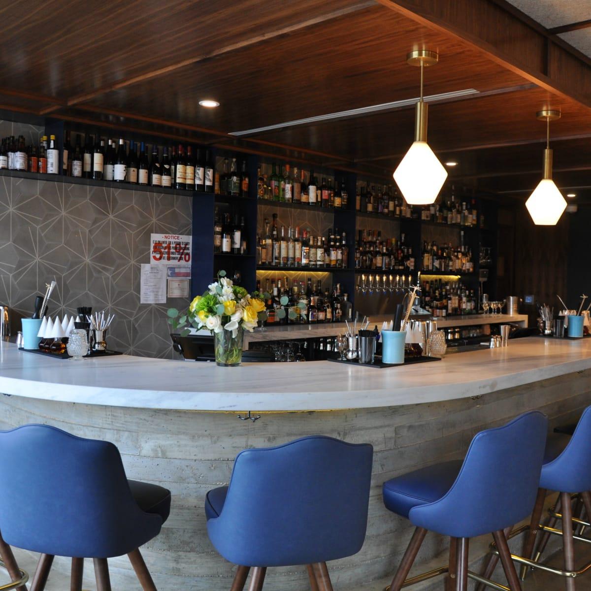 Backbeat bar South Lamar interior