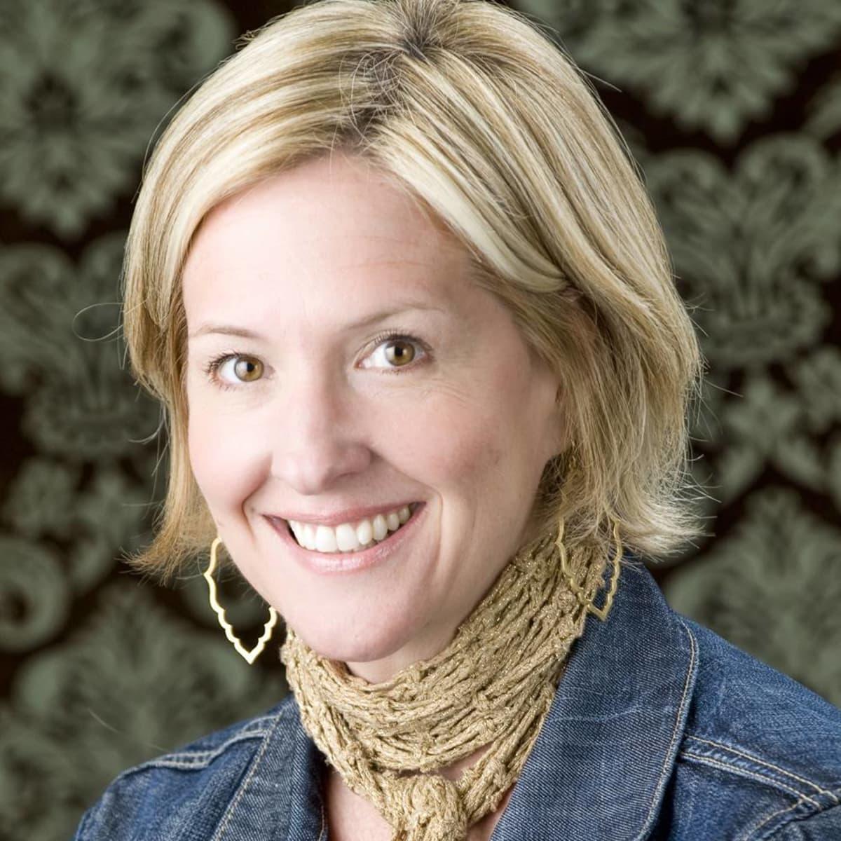 Austin Photo Set: News_Caitlin_dr. brene brown_oct 2012_portrait