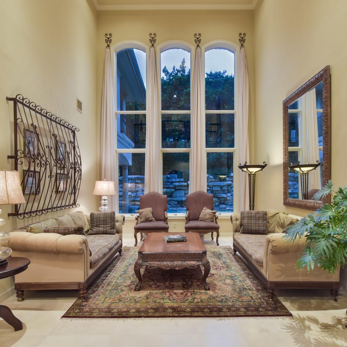 3001 Pescadero Austin house for sale living room