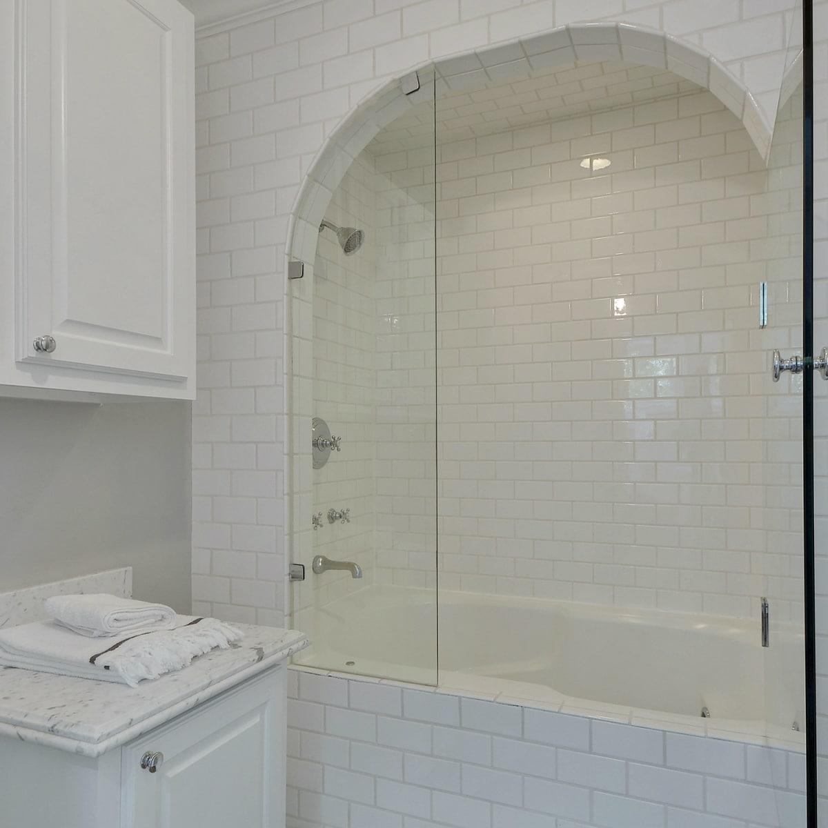 2200 Bowman Austin house for sale bathroom