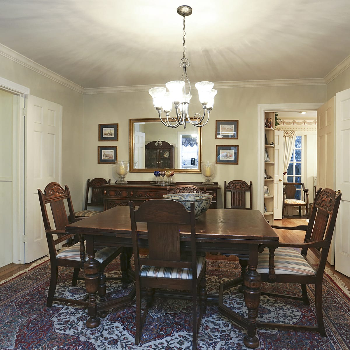2424 Locke Lane in Houston house for sale dining room