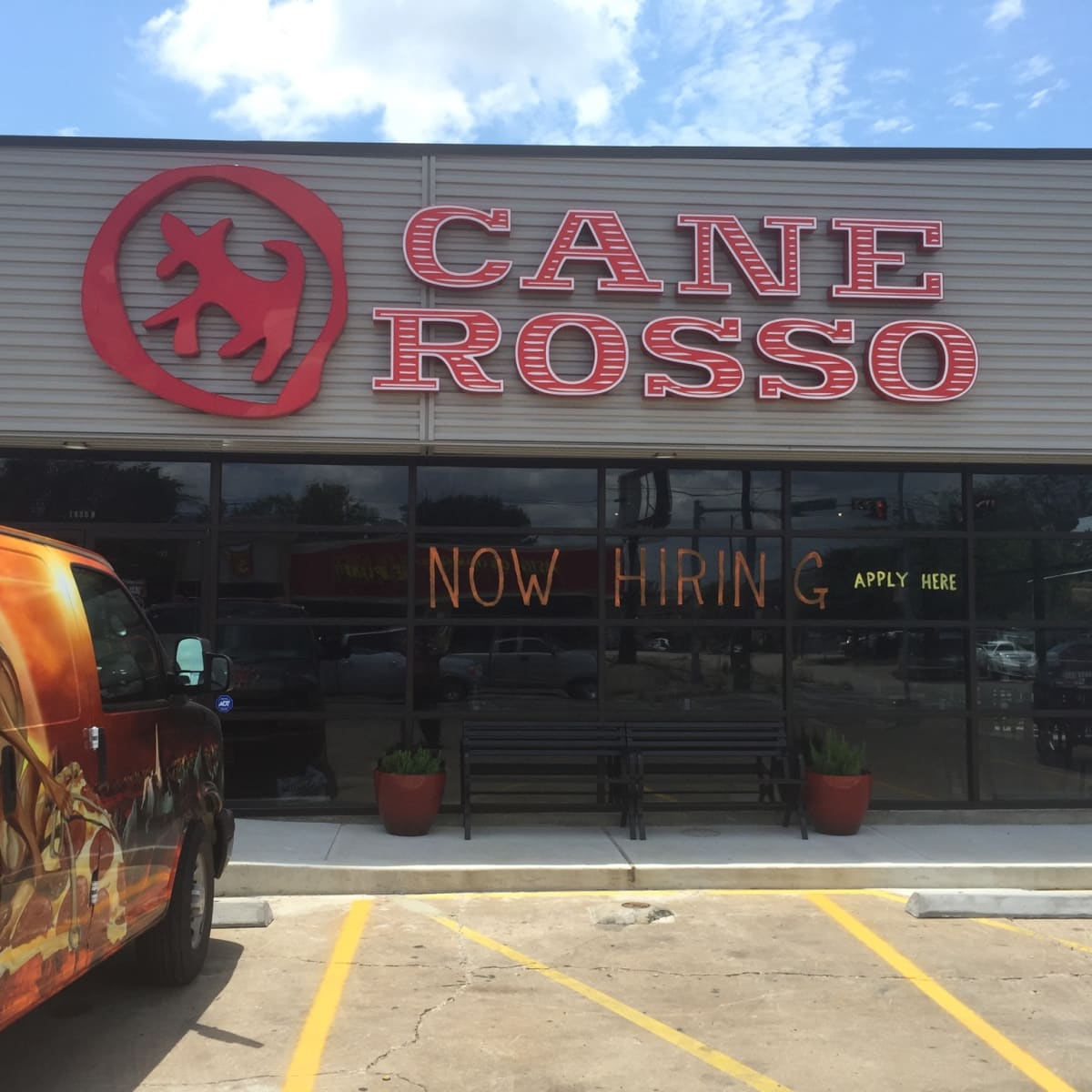 Cane Rosso Heights exterior