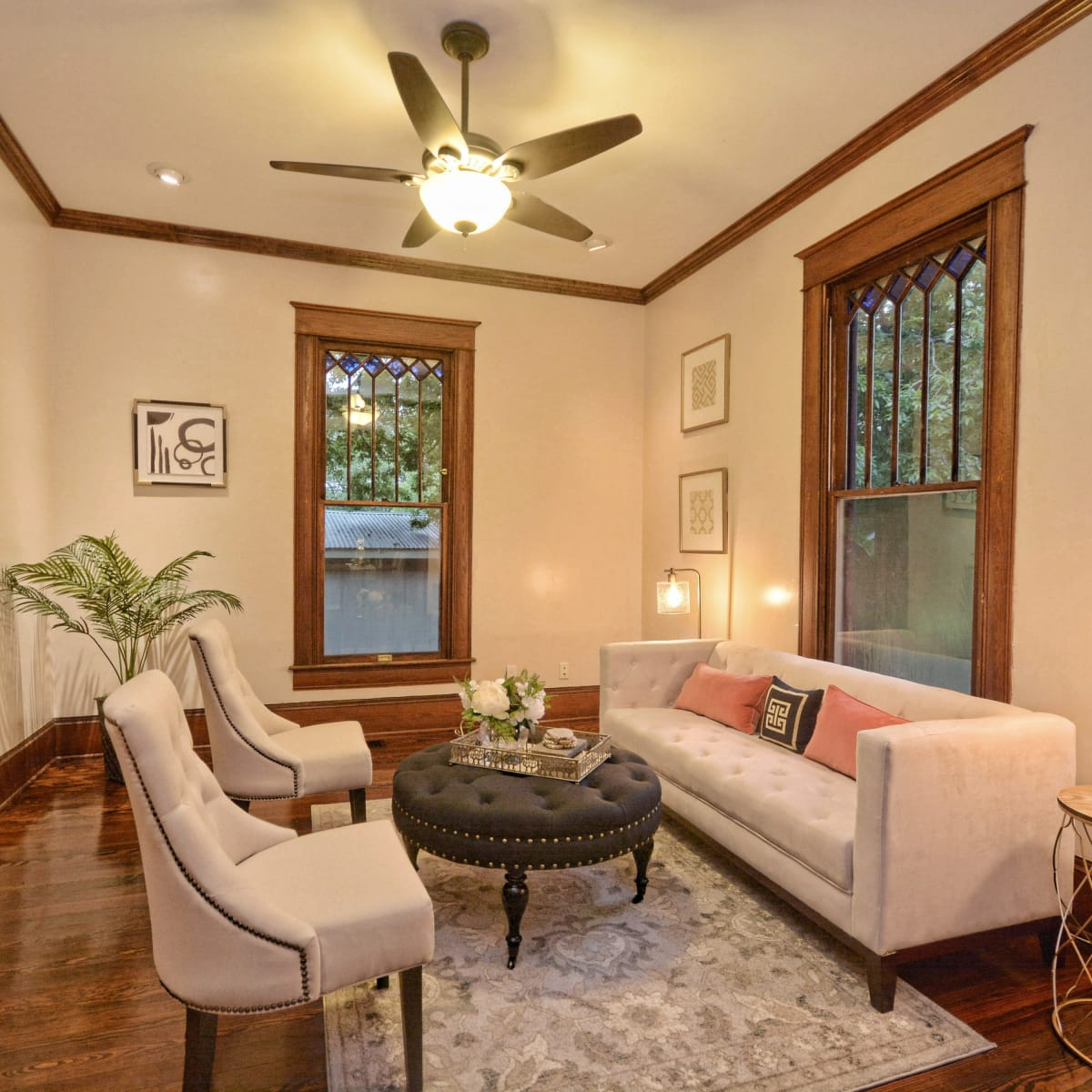 Austin home house 2416 S 2nd Street 78704 lviing room