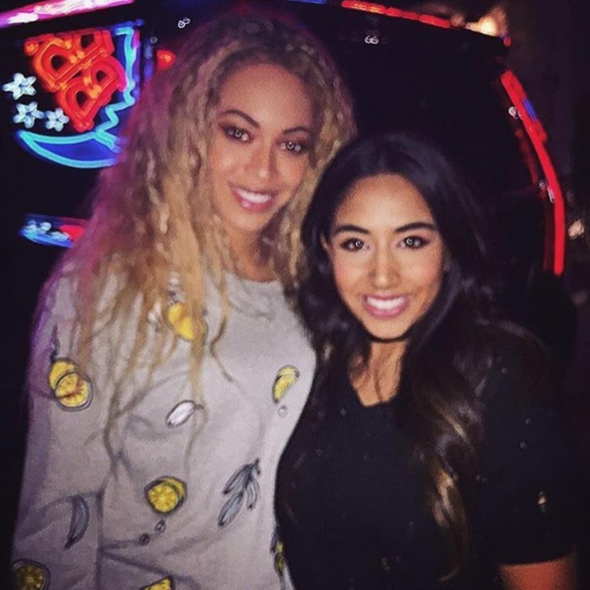 Beyonce at BBs Cafe