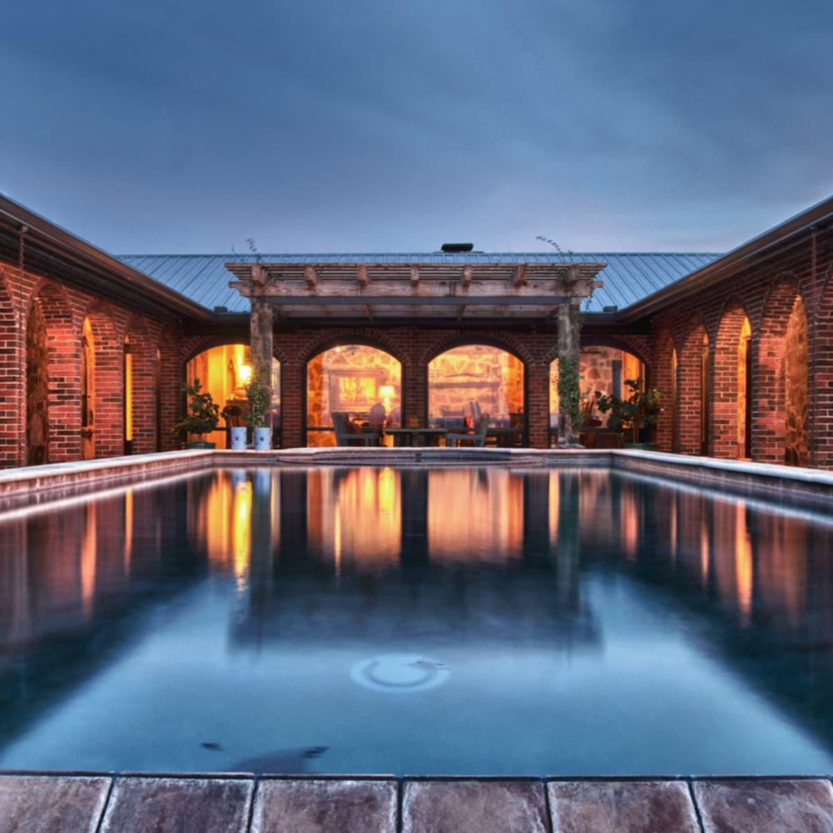 Tres Lunas Resort