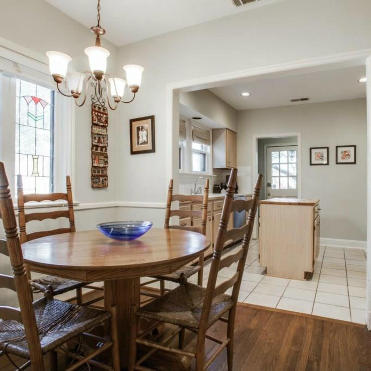 522 Monte Vista breakfast nook