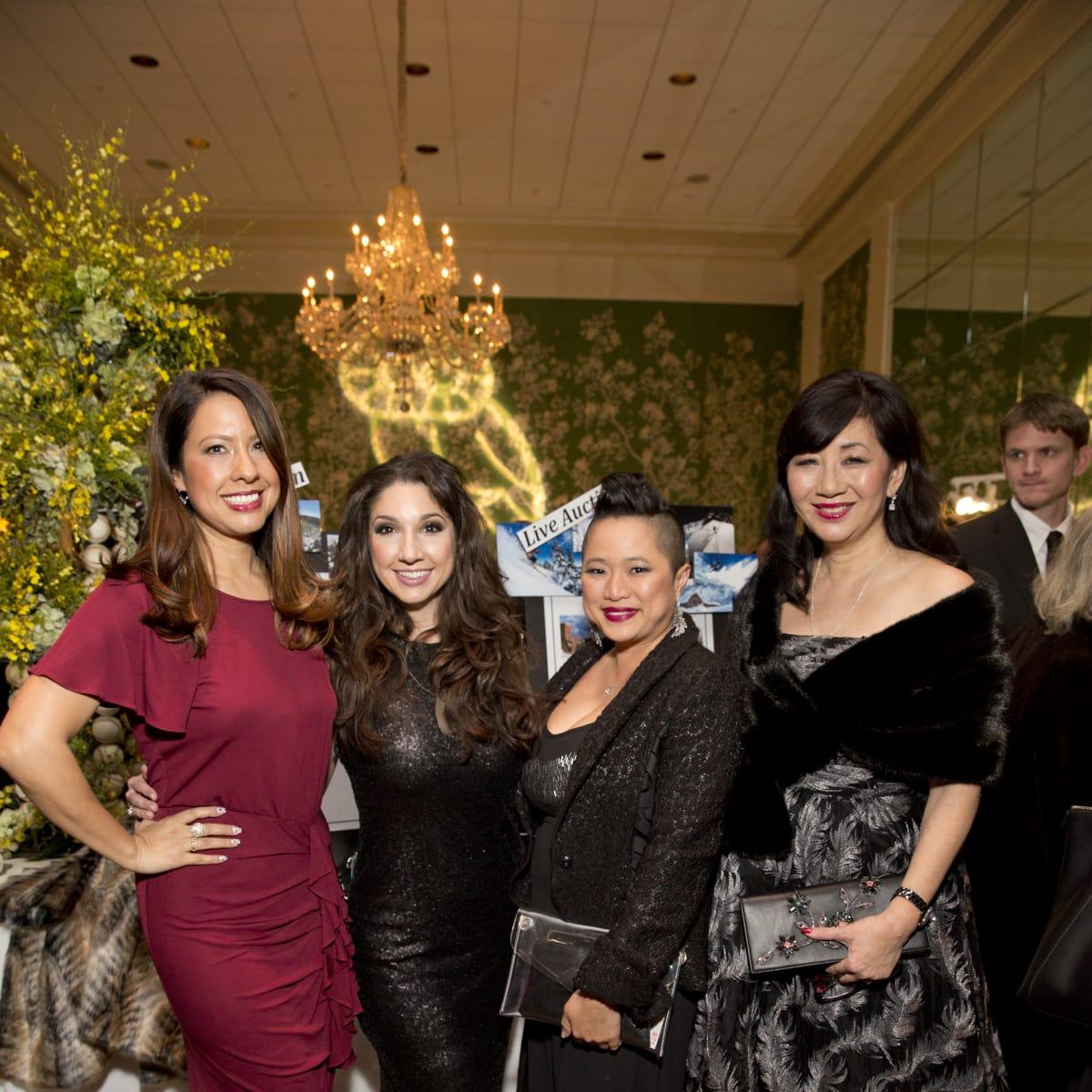 Friends of Fondren Libarary, dinner, Feb. 2016, Anika Jackson, Jill Shull, Sydney Dao, Alice Brams