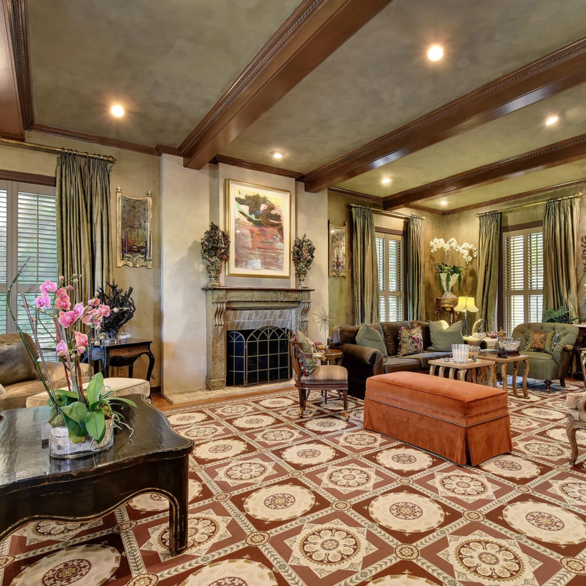 Austin house home Tarrytown 2610 Kenmore Court Ben Crenshaw February 2016 formal sitting