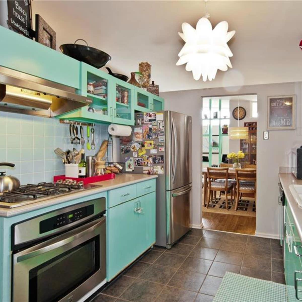 Dallas home, home for sale, 2005 Saint Francis Avenue, kitchen