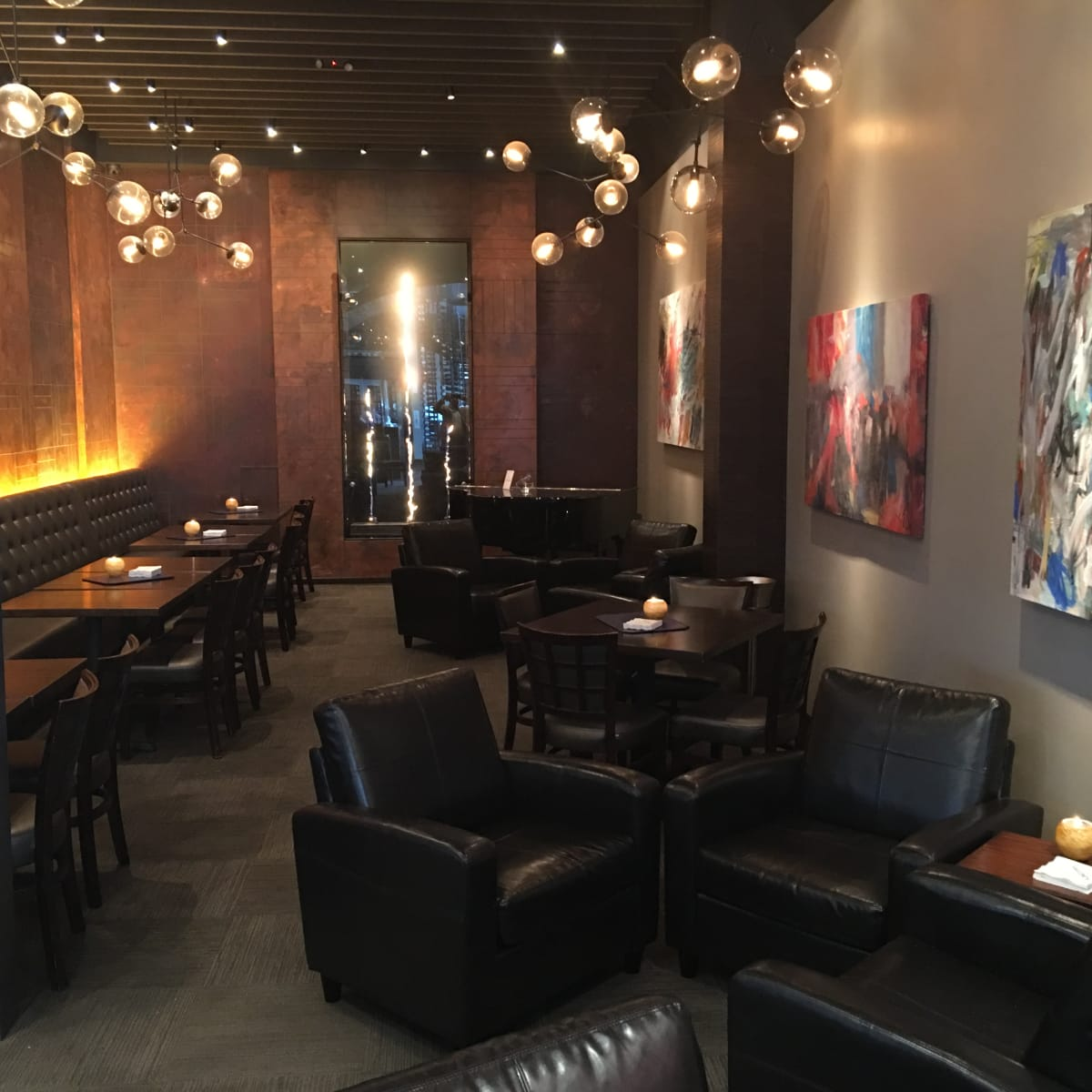 News, Vallone's bistro, new design, Jan. 2016