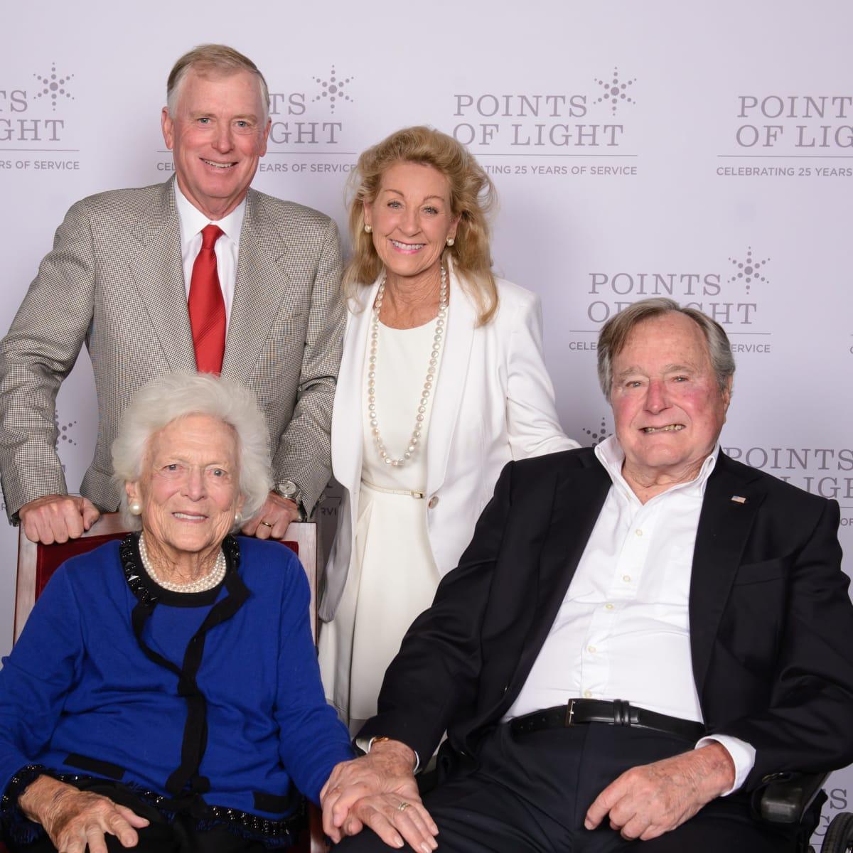 News, Shelby, Points of Light Tribute, Oct. 2015, Barbara Bush, Dan Quayle, Debi Rosling, George H. W. Bush