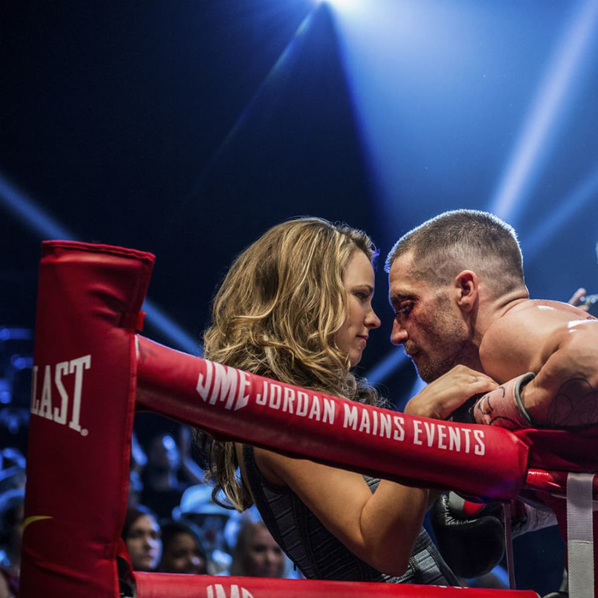 Rachel McAdams and Jake Gyllenhaal in Southpaw