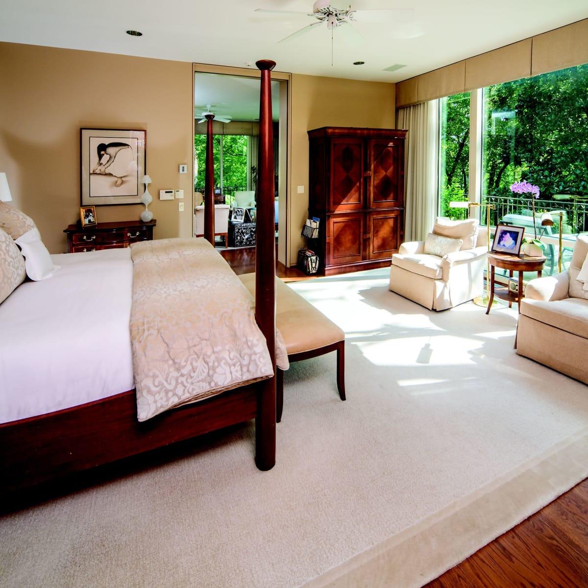 2930 Lazy Lane master bedroom